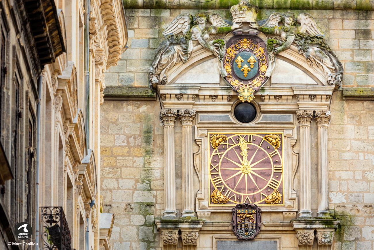 Grosse Horloge Fer Forgé bordeaux : restauration de l'horloge de la 'grosse cloche